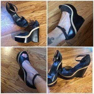 ❣️sale❣️Joie Weber peep toe platform edge
